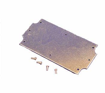 Plieninė plokštelė su varžtais M3x8mm HAMMOND