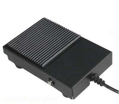 Kojinis jungiklis ON-(ON); 3k. 2pad. nefiks; 10A/250VAC SPDT IP50  Highly