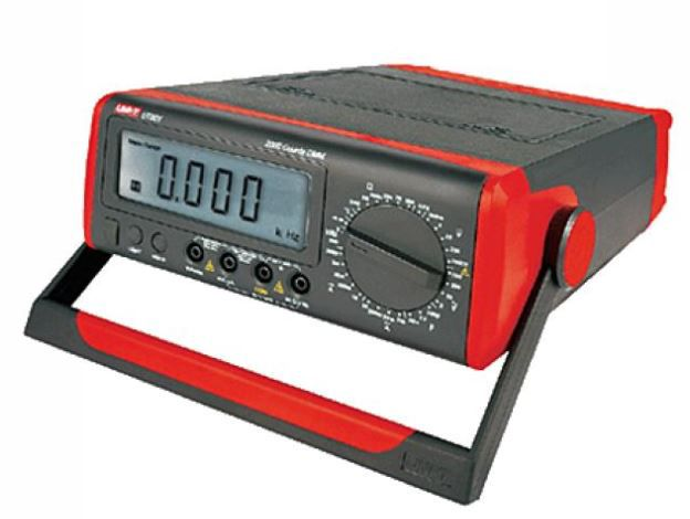 Multimetras UT801 stalinis su talpumo, dažnio, temperatūros matavimu UNI-T