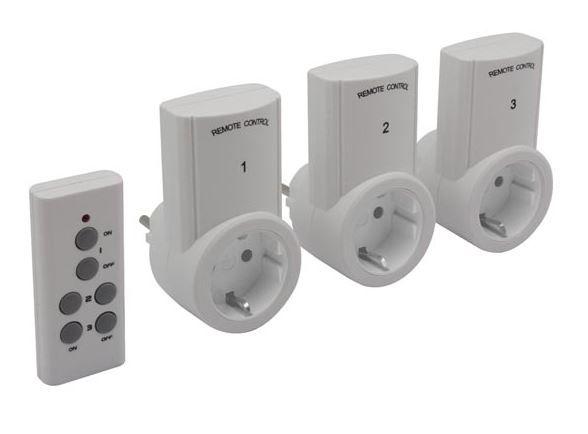 Bezvadu 3-kanālu 230V AC rozešu ieslēgšanas/izslēgšanas komplekts